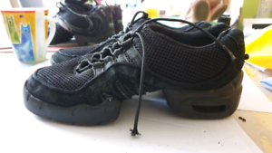 Bloch jazz sneakers Size 24cm excellent condition Windsor Gardens Port Adelaide Area Preview