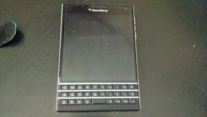 BLACKBERRY PASSPORT WITH CASE AND 6 MONTHS WARRANTY