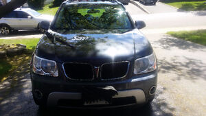 2007 Pontiac Torrent SUV,new tires, no rust $2700 or best offer.