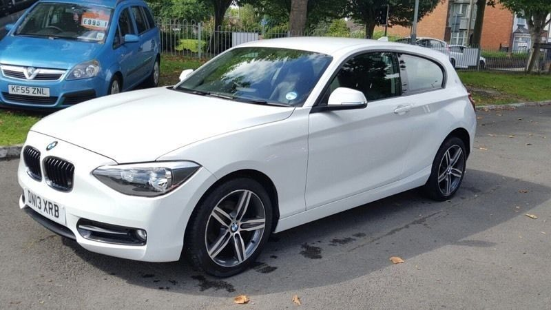 2013 bmw 114i sport sports hatchback 1 6l petrol manual. Black Bedroom Furniture Sets. Home Design Ideas