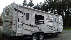 25' wildwood trailer Williams Lake Cariboo Area image 1