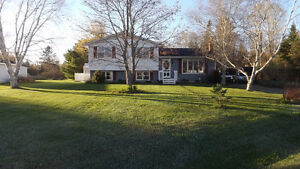 (REDUCED!)  Family Friendly 3 or 4 bed Home in Heart of Debert