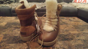 NWT Authentic UGG womens leather/sheep skin waterproof boots