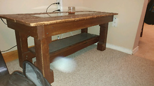 Matching pallet furniture for sale, tv stand + desk