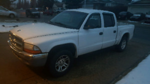 2004 Dodge Dakota SLT Quad Cab Low KM
