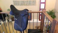 "18"" wintec isabell dressage saddle Next Generation"
