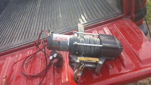 """4500 lb winch with 2"""" reese insert"""