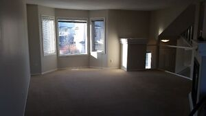 3 bedroom townhouse with over 1600 sq. ft of living space!