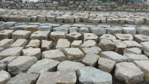 LANDSCAPE/ARMOUR STONE RETAINING WALL STONE FOR SALE GREAT PRICE
