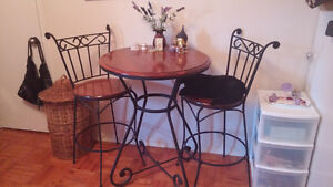 Bistro set....or pstio set with 2 chairs....