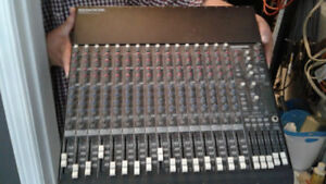 Selling a Mackie CR- 1604- VLZ 16 channel mixer