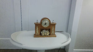 Vintage (1950's) Electric Table Clock