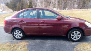 PRICED TO SELL LOOKS AND DRIVES LIKE NEW!!!