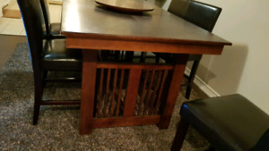 Wood table counter depth and 6 chairs with pleather