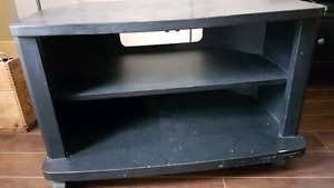Small corner tv stand on wheels