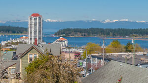 JUST REDUCED ! Spectacular Ocean View Penthouse, Nanaimo,BC
