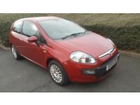 Fiat Punto Evo 1.4 Dynamic. STOP/START. BLUETOOTH. AIRCON. WARRANTY.
