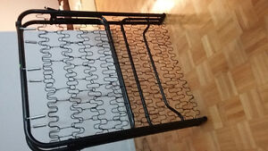 Three  metal frames for sale. West Island Greater Montréal image 4