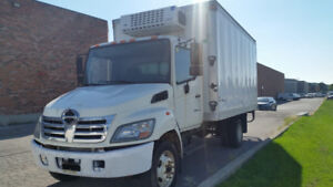FS: 2008 Hino 185 with 20ft refridgated box cooler~!!