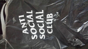 "Anti Social Social Club - ""Mind Games"" hoodie - size m Kitchener / Waterloo Kitchener Area image 3"