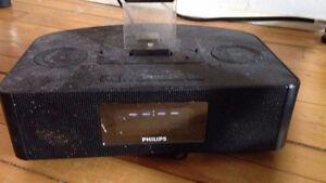 Phillips iPod Dock/Radio