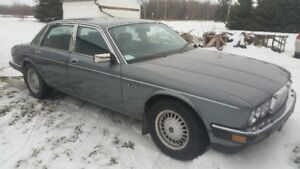 trade 1987 jag 4 door safetied for small truck ford or gm