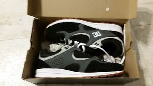 Brand new dc shoes