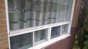 Porte  et fenêtres à vendre