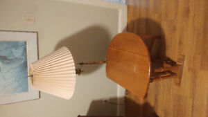 Roxton Maple Side Table w lamp. See other ads