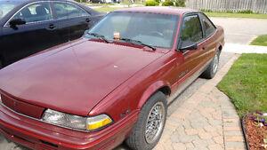 1992 Pontiac Sunbird Coupe (2 door)