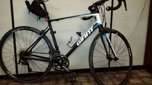Giant Defy 1 Road Bike