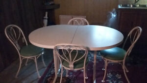 nice dinner table and chairs