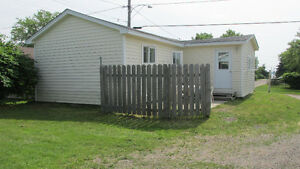 Lovely 2 and 3 bedroom winterized cottages by Parlee Beach!