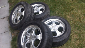 """16"""" panther aluminum rims with 215/60R16 Michelin harmony tires"""