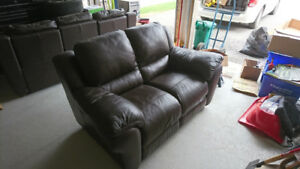 100% Italian Leather Reclining Loveseat