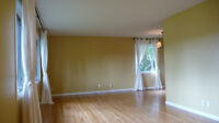 Renovated Main Floor in Spruce Cliff SW Aug 1