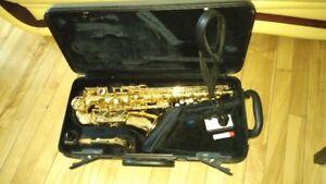 Saxophone alto Yamaha YAS-475