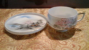 2 x Cup/Saucers - Delicate Japanese eggshell  porcelain