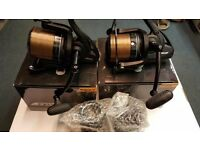 Fox Fx 11 Reels X 2 / Like New