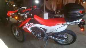 2015 Honda CRF 250L With 750kms FMF Pipe!