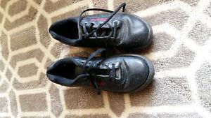 Curling Shoes Size 8.5 - Ladies