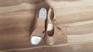 Low Heel Mary Jane Beige Tap Shoes