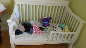 High Quality baby crib / toddler bed converter