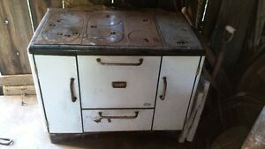Antique Findlay Condor Cook/Wood Stove