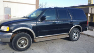 2000 Ford Expedition Eddie Bauer XLT SUV, Crossover