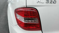 2009 ML320 LUMIERE ARIERRE GAUCHE(LED)/ TAIL LIGHT LEFT(LED)