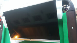 HP 27es 27 inch widescreen LED