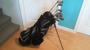 Men's right handed golf set with bag - $100