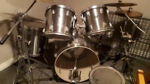 10 piece Tama Drum Set