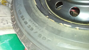 Like new Toyota camry 205/65 R15 Michelin X-ice Kitchener / Waterloo Kitchener Area image 2